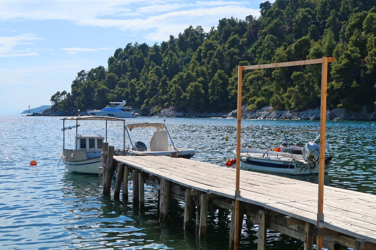 agnontas-harbour-skopelos