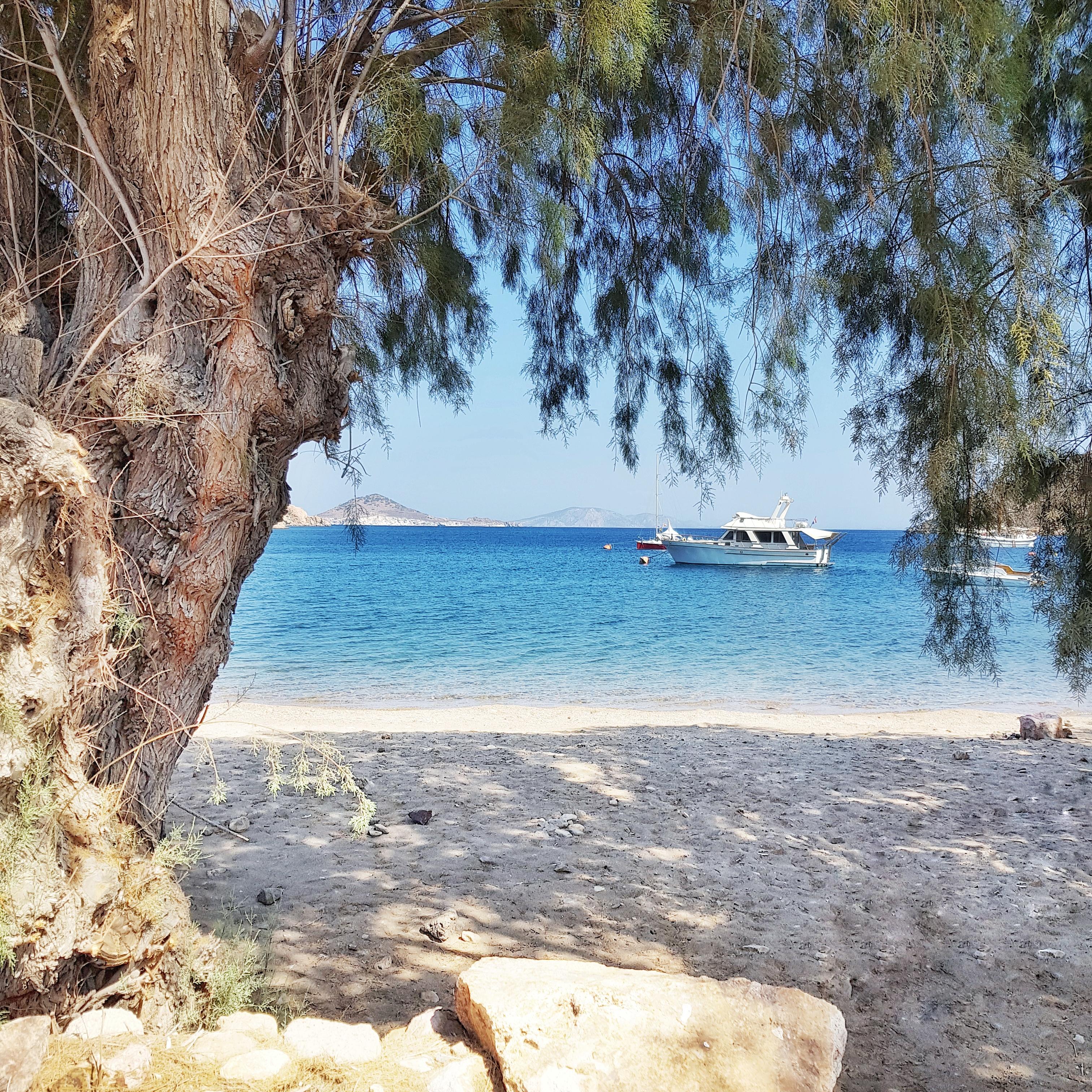 patmos Petra stranden