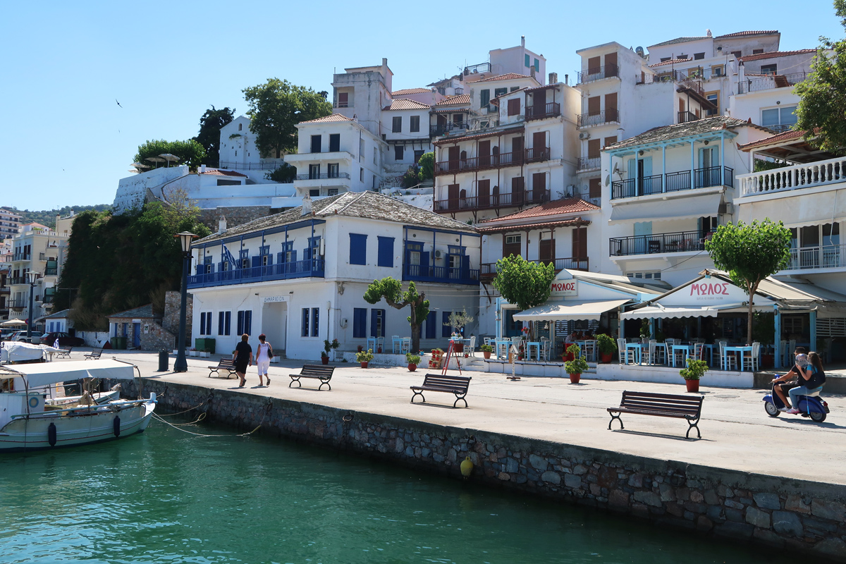 Skopelos-town-harbour